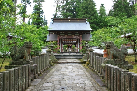 参道と神門.JPG