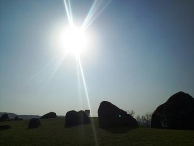 押戸ノ石群と太陽�@.JPG