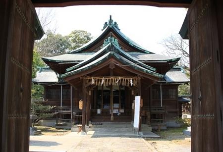 天照神社・神門より.JPG