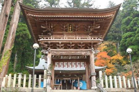小国両神社・楼門.JPG