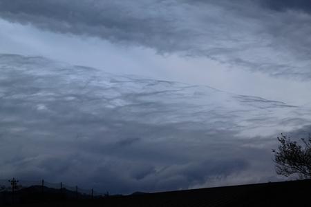 小波雲.JPG