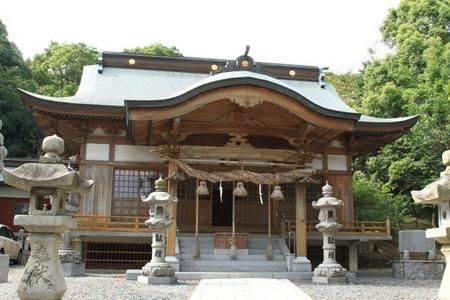 白髭神社・社殿.JPG