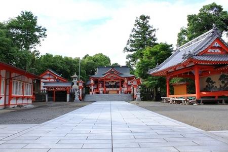 社務所・扇森稲荷神社・神楽殿(舞殿).JPG