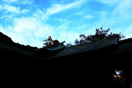 空と鳥居.JPG