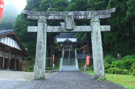 脊振神社・鳥居.JPG