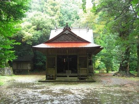 黒口神社・社殿.JPG